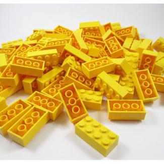 The yellow LEGO challenge (8+)